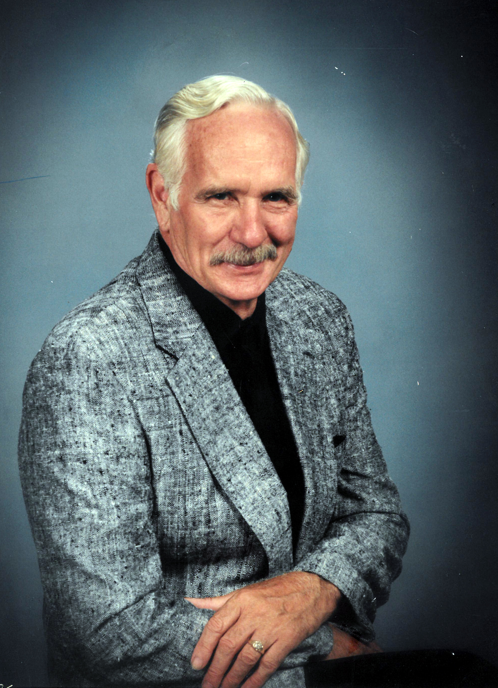 Remembering Robert Ray Wolfe | Obituaries – Amos Carvelli